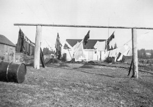 1943-02 Looking east to the little house. Shown are five 90-foot long clotheslines