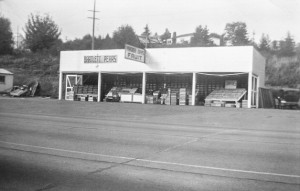 1948-09 Yakima Boys Fruit Stand at Northgate Way and 11076 Lake City Way