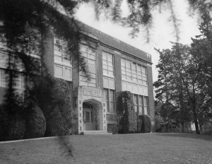 1961 West face of the Richmond Beach School Study hall in upper right, Miss Hattie Jones room in lower right corner.